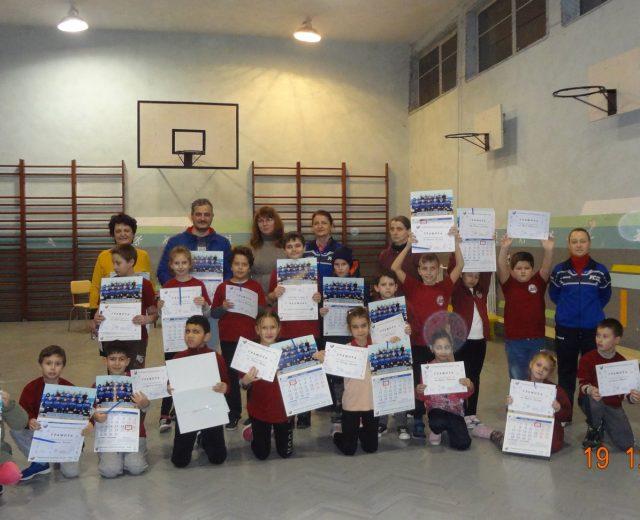 Коледно представяне на ушу с децата от Ученическа спортна школа от у-ще Братя Миладинови