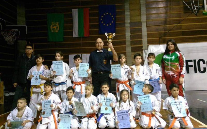 Пет първи места за каратистите от УСШ – Русе