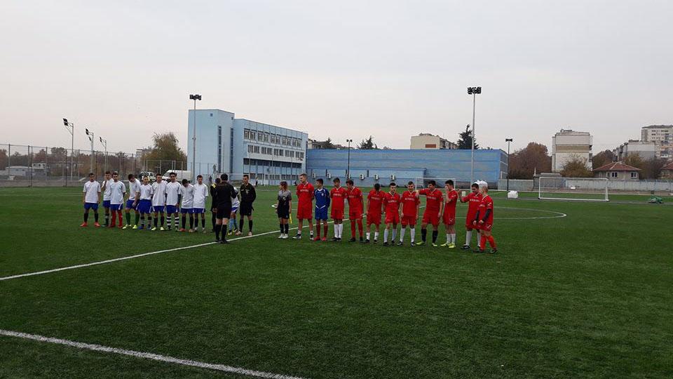 Общинско първенство по футбол, Ученически игри, 11 - 12 клас между СУЕЕ - СУПНЕ